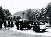 Image of Military Funeral - 2001.006.001.003