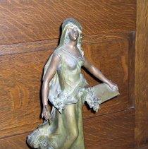 Image of L2011.0004.0001 - Statue