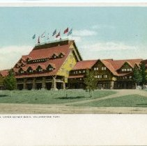 Image of Old Faithful Inn