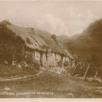 Image of Postcard - Highland Cottages, Clachan of Aberfoyle