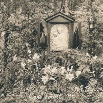 "Image of Postcard - ""Shrine""- Mrs. E.L. Ryerson, Lake Forest, ILL."