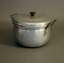 Image of Pot, Stock -