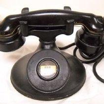 Image of 2004.006.018 - Telephone