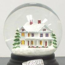 Image of 2015.088.001 - Snow Globe
