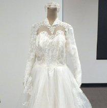 Image of 2015.118.001 - Dress, Wedding