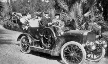 Image of Frederick Rindge's 1905 Pope-Toledo automobile - FF-125