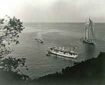 Image of Yacht Malibu off Catalina Island