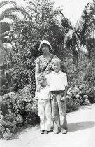 Image of Lillian Ball and the Keeler boys - MP-110