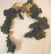 Image of award oak leaf garland wreath prize sports athletics gymnastics club Turners German - award oak leaf garland Turner Hall
