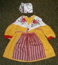 Image of costume Swedish Sweden clothing - Swedish costume dress hat scarf apron