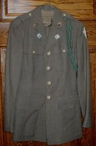 Image of U.S. Army WWII uniform -