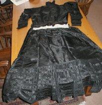 Image of Crocker Family - Victorian dress
