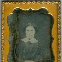 Image of Daguerreotype  of unidentified woman