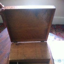 Image of Desk, Portable - 88.06.01
