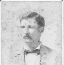 Image of Dr.Bacon Saunders