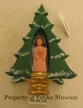 Image of 1996.042.0004 - Ornament, Christmas Tree