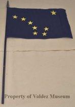 Image of 2010.001.0327b - Flag