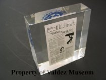 Image of 1983.003.0001c - Paperweight