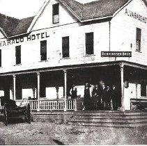 Image of Henningsen Brothers about 1903-1904 Alvarado hotel