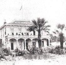 Image of Riverside hotel Alvarado Adv. Rd. township 1910, black and white, copy