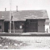 Image of Alvarado station - Print, Photographic
