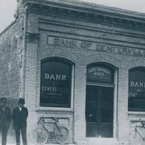 Image of bank of centerville
