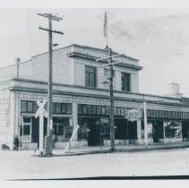 Image of Centerville lenhart store