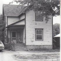 Image of 423 E Comstock (ca 1976)