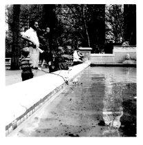 Image of Fountain in a park in Philadelphia by by LaRue Spiker