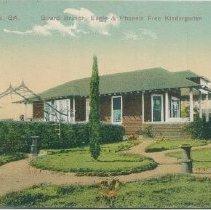 Image of 64.396.10 postcard