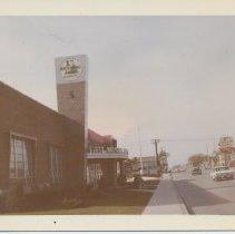 Image of First National Bank, 95th Sacramento, 1963