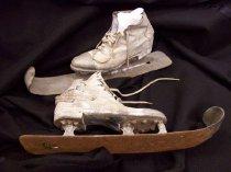Image of 1956.1322 - Ski skates