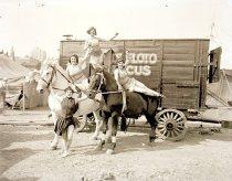 Image of Cwi 1419 - Sells-Floto Circus