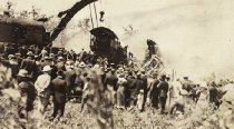 Image of CWi 3160 - Hagenbeck Wallace Circus Train Wreck, 1918