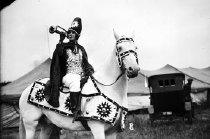 Image of CWi 280 - Female Bugler