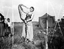Image of CWi 471 - Ada Moore, Snake Enchantress
