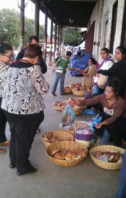 vendedoras de pan de patamban