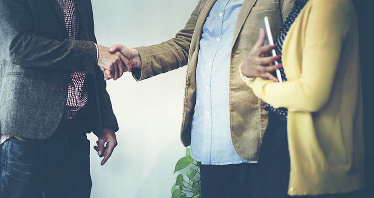 5 Tips on Effective Networking: Promote Others