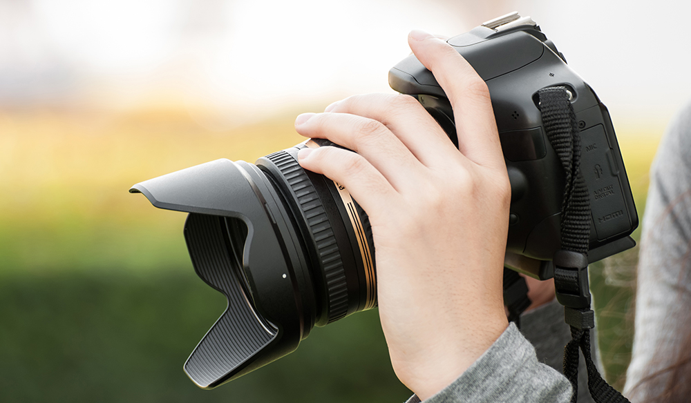 The First 3 Prime Lenses Every DSLR Shooter Needs