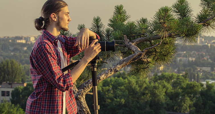 Video Gear for Traveling Road Warriors and Frequent Flyers: monopod