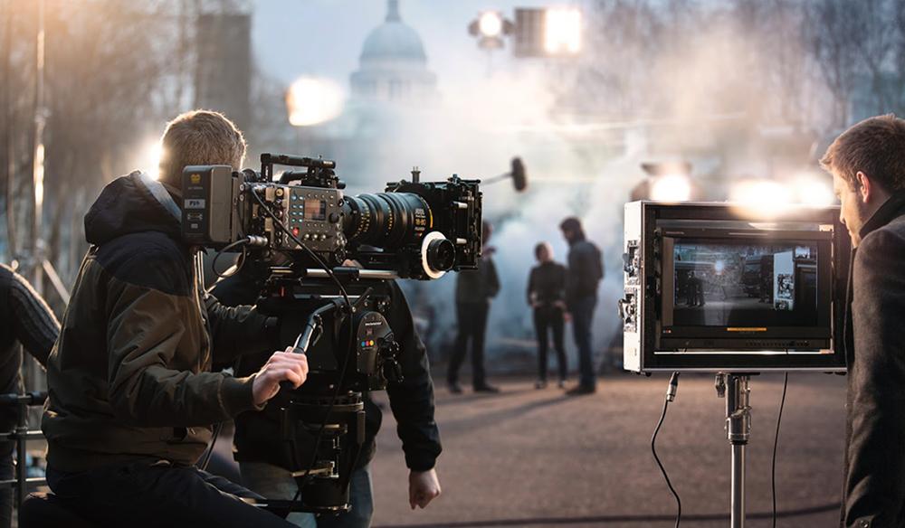 Why Big Budget Films A...