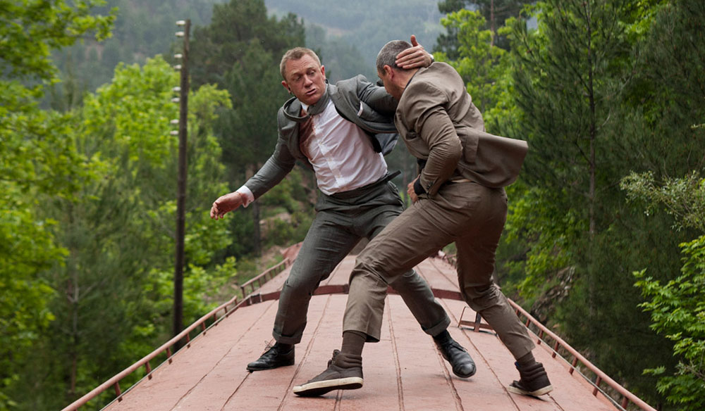 bond stunts