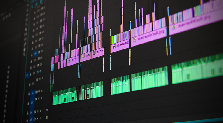9 Must Read Articles for Filmmakers (May 2016): Premiere Pro Timeline