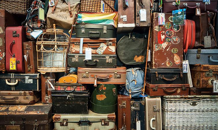 5 International Travel Tips for Filmmakers and Videographers - Travel Light