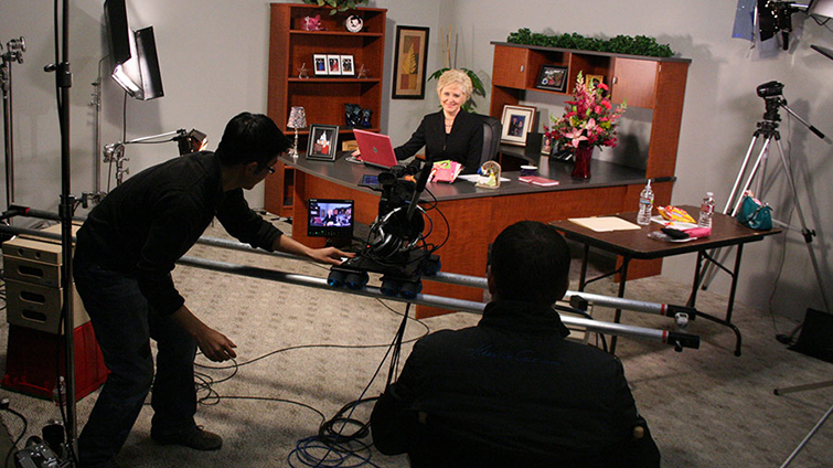 How to Use a Third Camera on Interview Shoots: Wide Shot