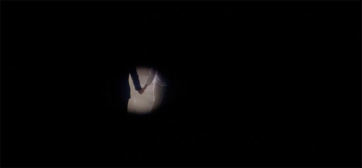 Cinematography Tip: Masks and Vignettes - Punch-Drunk Love