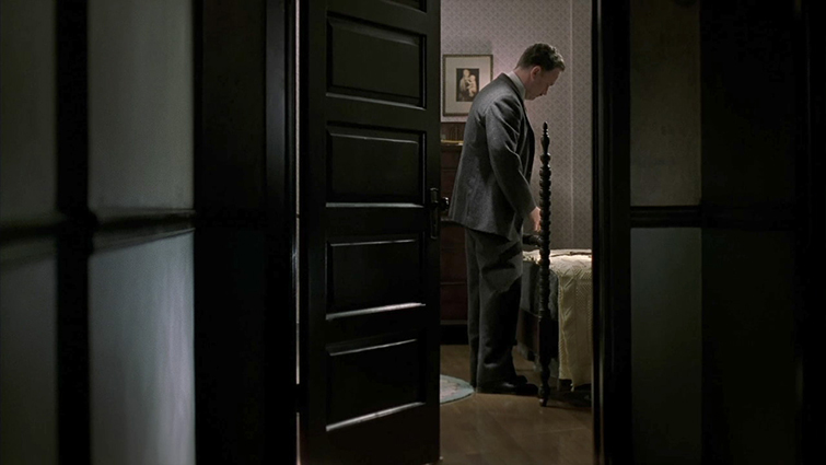 How to Frame a Long Shot Like a Master Cinematographer - Road to Perdition