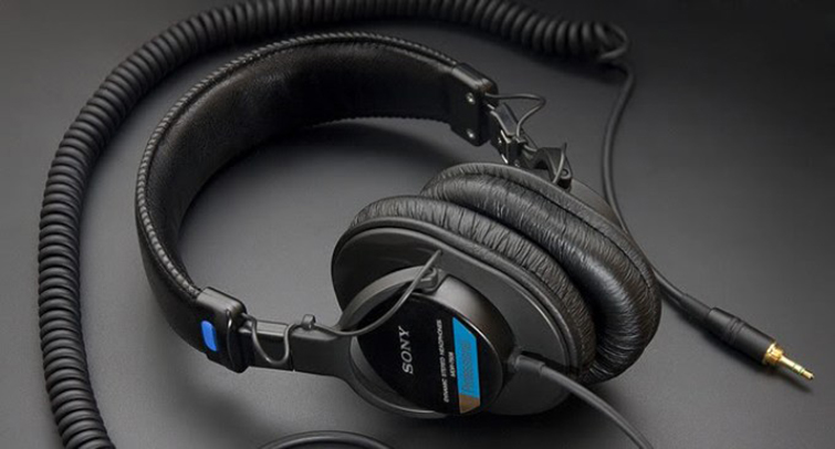 The Video Editor's Holiday Wish List: Headphones