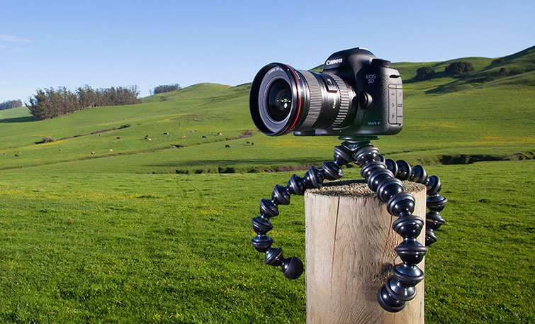 7 Clever (and Affordable) Holiday Gifts for Filmmakers: JOBY Gorilla Pod