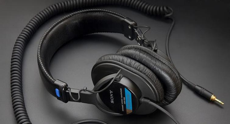 The Video Editor's Holiday Wish List: Headphones